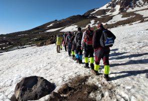 قله سبلان عروس کوههای ایران توسط کوهنوردان شهرستان جوین فتح شد