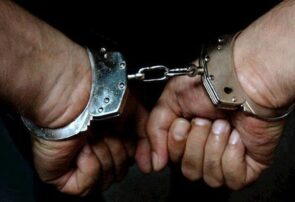 متهم دستپاچه به صورت خودش اسپری زد/ شناسایی ۳۰ شاکی در کلانتری سناباد