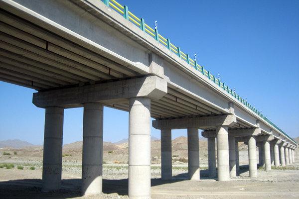 احداث پل روگذر روستای پسکمر بر روی رودخانه کشف رود