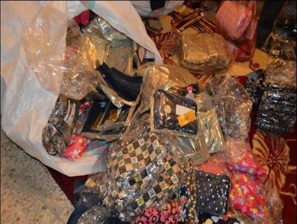 کشف میلیاردی البسه و لوازم آرایشی قاچاق در نیشابور