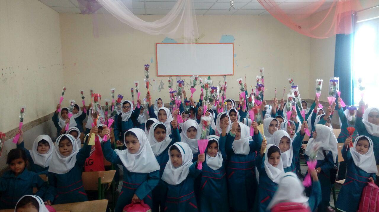 رئیس آموزش و پرورش جوین: ۵۰ درصد مدارس جوین بهسازی شده و مدرسه دوشیفت نداریم